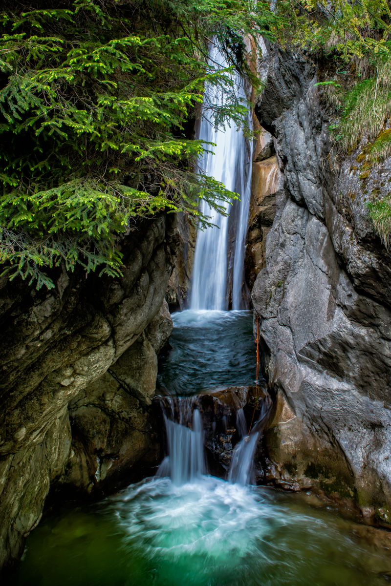 Tazelwurm Waterfalls
