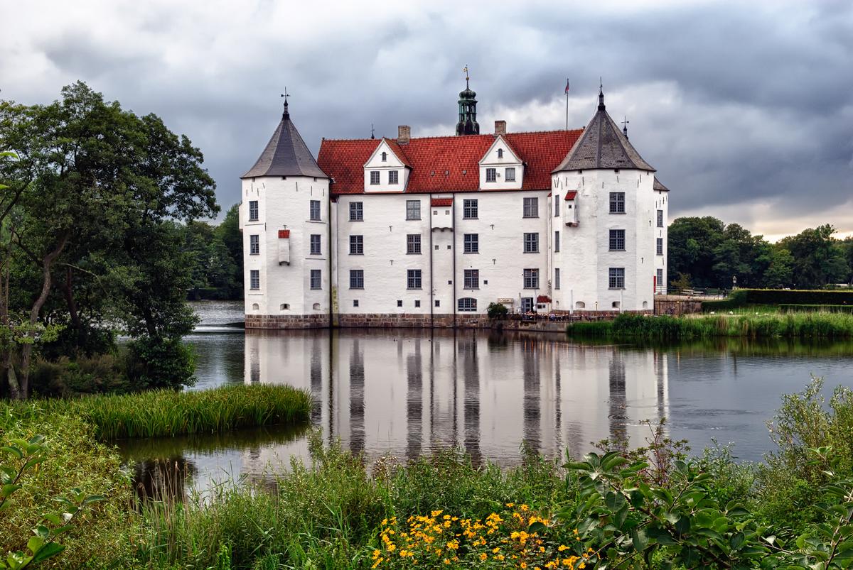 Baltic Coast – Castle Gluecksburg during a rainy day